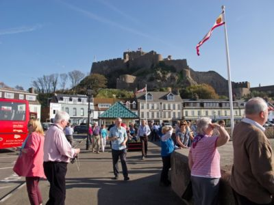 034 Gorey Promenade And Mont Orgeuil Castle