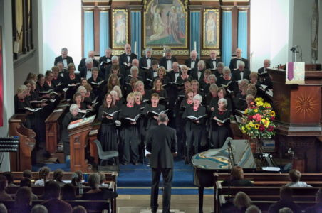19991 Choir In Performance
